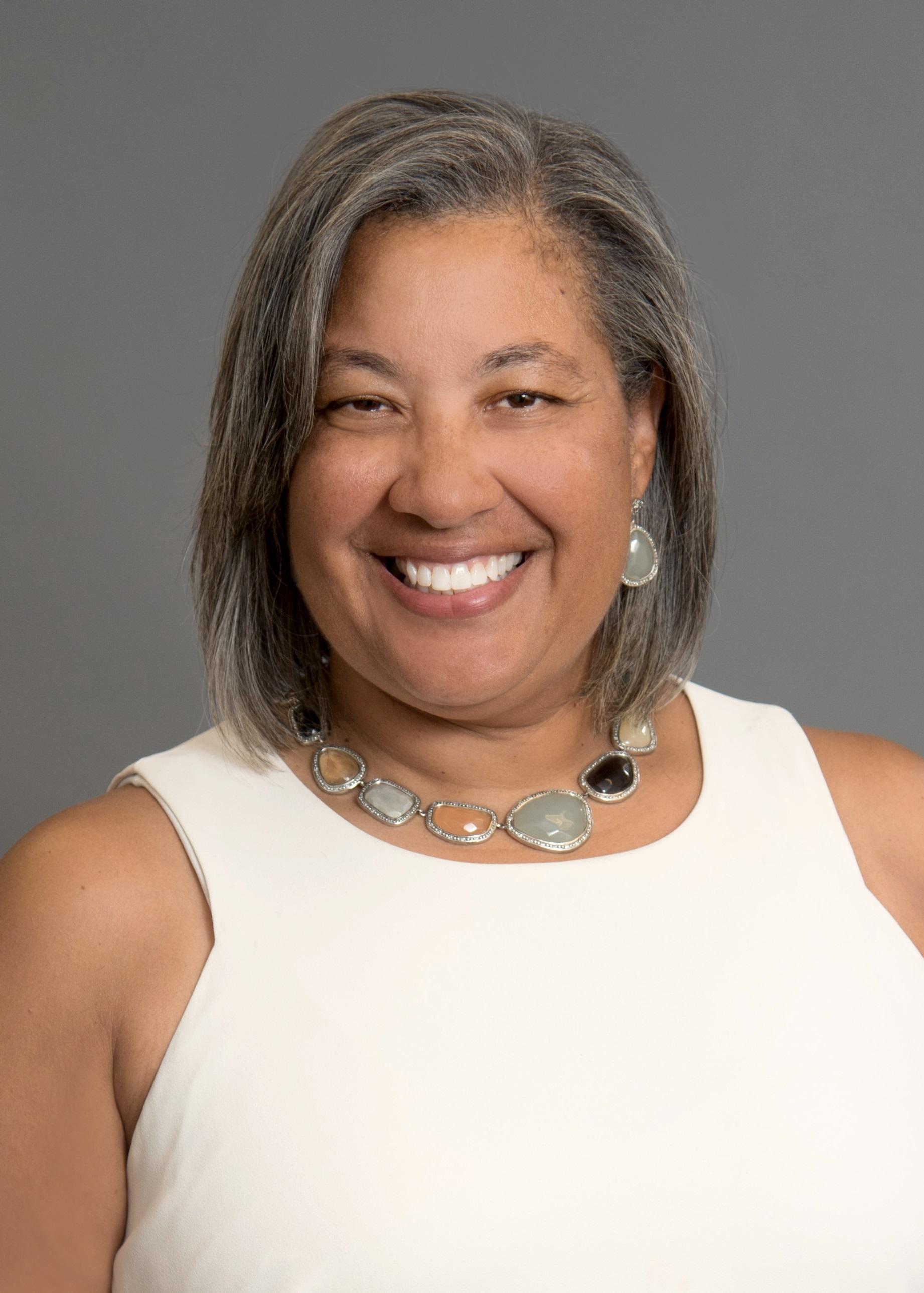 Commissioner Tara Hernandez 5X7 Tms 4126